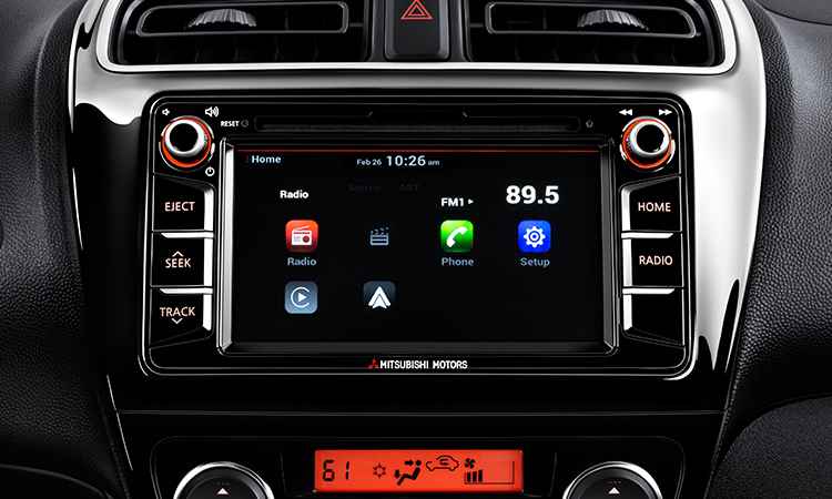2017 Mitsubishi Mirage G4 touchscreen with apple carplay and android auto