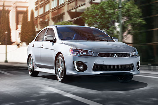 Bring on the sun with Lancer's power sunroof, available with the Sun & Sound Package.