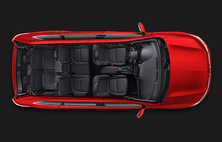 Open the door to ample cargo room and ultra-configurable passenger seating for seven.