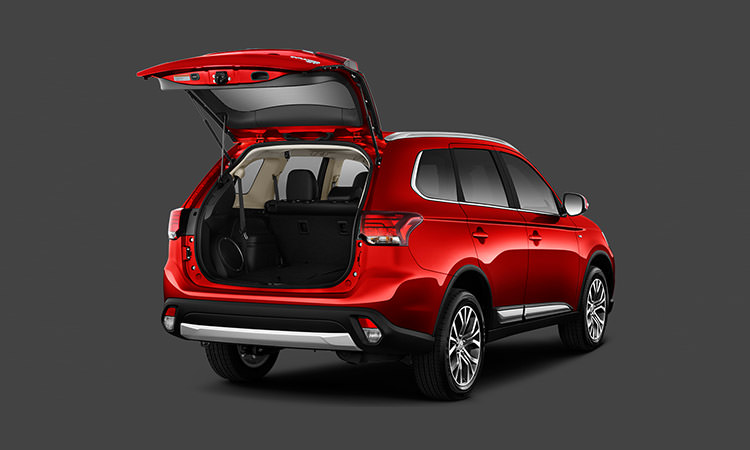 liftgate on 2016 Mitsubishi Outlander CUV in rally red
