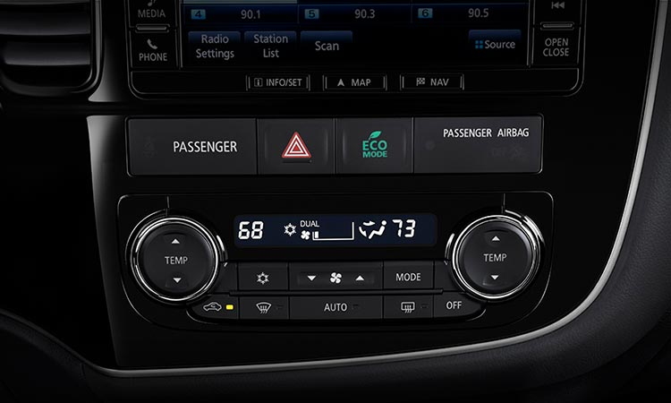 2016 Mitsubishi Outlander climate control air conditioner buttons