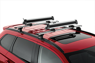 snowboard and ski rack SUV accessory on 2017 Mitsubishi Outlander